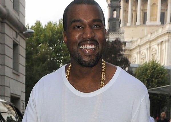 Kanye West révèle enfin pourquoi il ne sourit presque jamais...