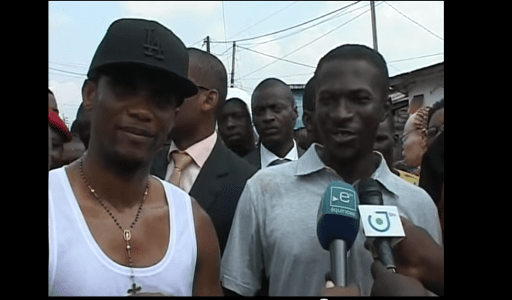 Samuel Eto'o nettoie son quartier d'enfance  (video et photos)