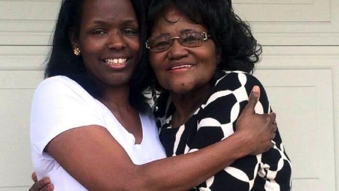 Touchant: Elle croyait sa fille morte, elle la revoit 50 ans plus tard