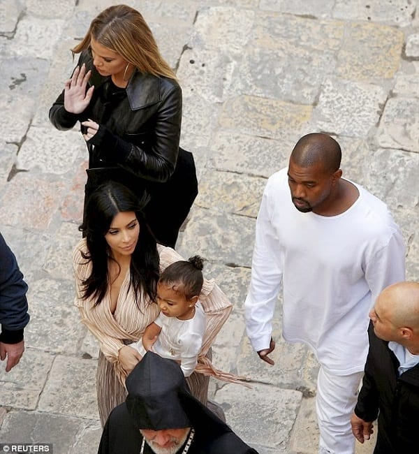 Kanye et Kim font baptiser North West à Jérusalem: photos