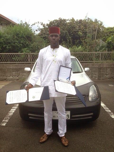 Inspiration : Un étudiant nigérian résout une équation de maths de 30 ans