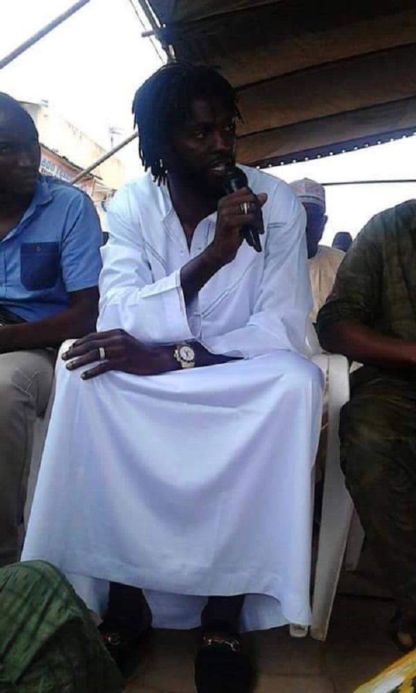 Emmanuel Adebayor et le nigérian Emenike se convertissent à l'Islam: photos