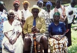 Kenya : Akuku, l'homme aux 130 épouses et 300 enfants (photo)