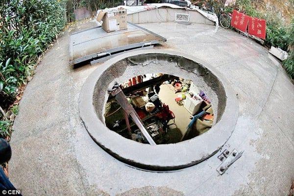 Chine: Pour ne pas payer le loyer un couple âgé vit dans un puits depuis 10 ans (PHOTOS)