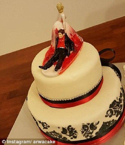Le divorce se célèbre maintenant: Voici quelques 'gâteaux de divorce' drôles (PHOTOS)