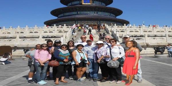"""Kenya: Elle obtient un voyage gratuit en chine, après avoir """"menti"""" sur les réseaux sociaux(PHOTOS)"""