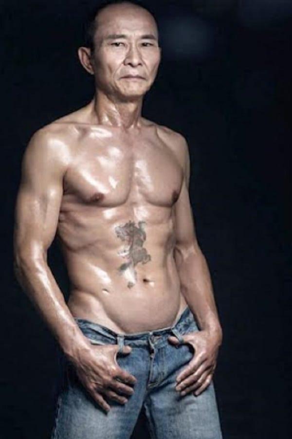 Liang Yuxiang, le grand-père de 61ans au corps de rêve: PHOTOS