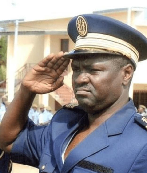 Gabon : Sentant un coup d'État, la mère d'Ali Bongo vole au secours de son fils