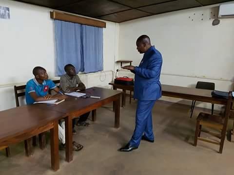 Centrafrique: quand le Président dispense un cours sur la théorie de distribution à l'Université. (photos)