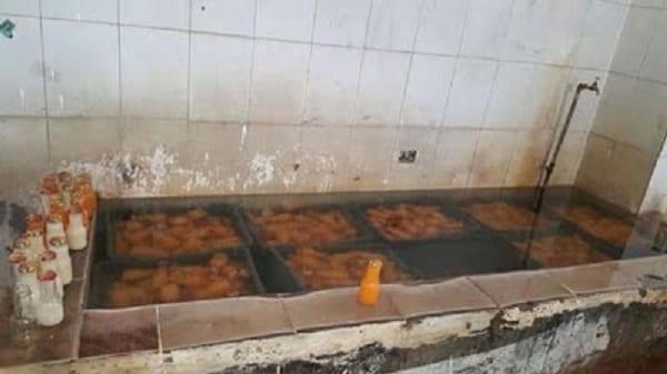 Cameroun: Dégoûtantes photos d'une entreprise chinoise de fabrication de du jus